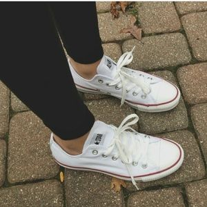Converse Classic Low Top White Sneaker9.5*